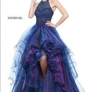Beautiful Sherri Hill Hi-lo dress.